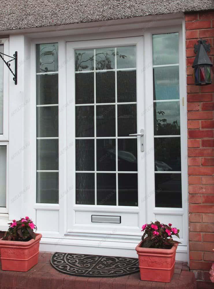 Prosklené vchodové dveře jsou nejhorším řešením pro rodinný dům.